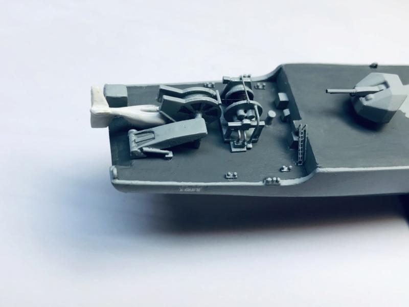 Frégate D609 ACONIT 1/400ème base HELLER + scratch - Page 2 Img_e261