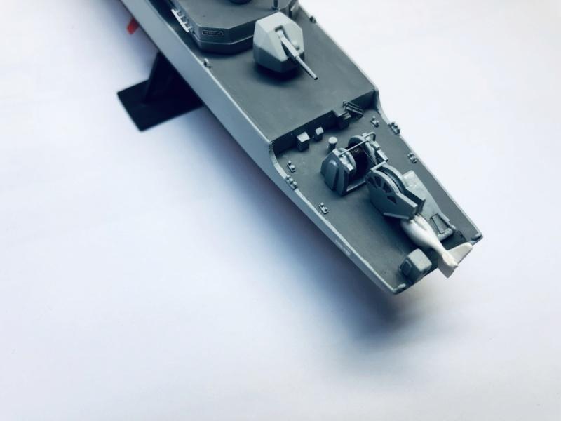 Frégate D609 ACONIT 1/400ème base HELLER + scratch - Page 2 Img_e265