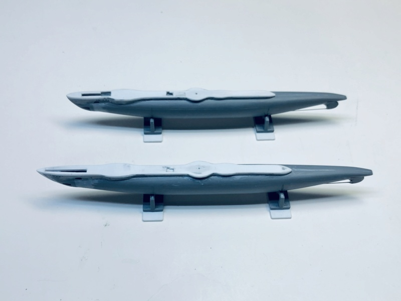 2 sous-marins FNFL le CURIE et la MORSE au 1/400 ème base Mirage + scratch Img_e374