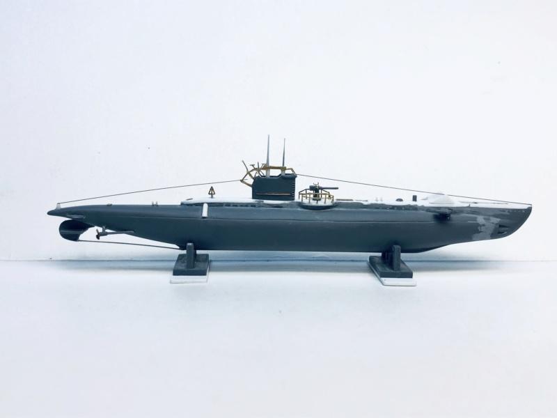 2 sous-marins FNFL le CURIE et la MORSE au 1/400 ème base Mirage + scratch Img_e390