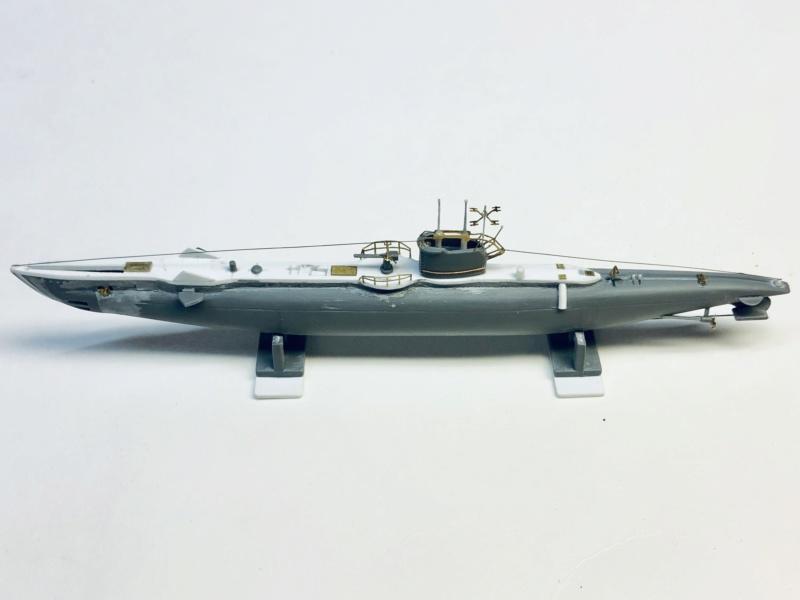 2 sous-marins FNFL le CURIE et la MORSE au 1/400 ème base Mirage + scratch Img_e395