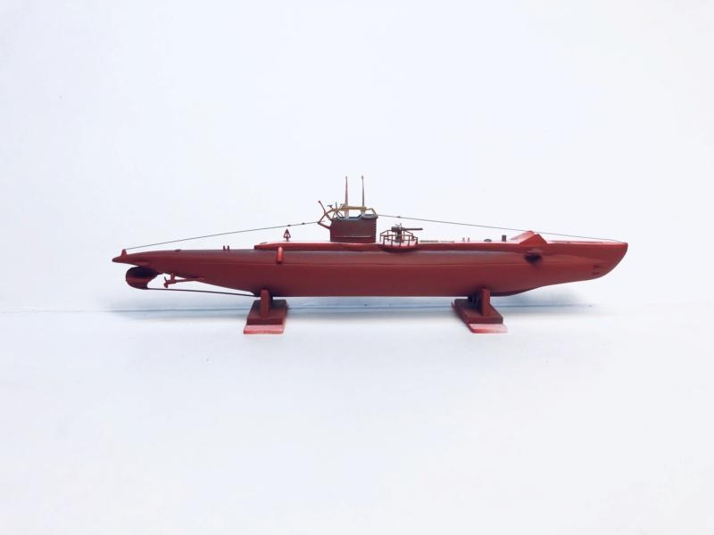 2 sous-marins FNFL le CURIE et la MORSE au 1/400 ème base Mirage + scratch Img_e398
