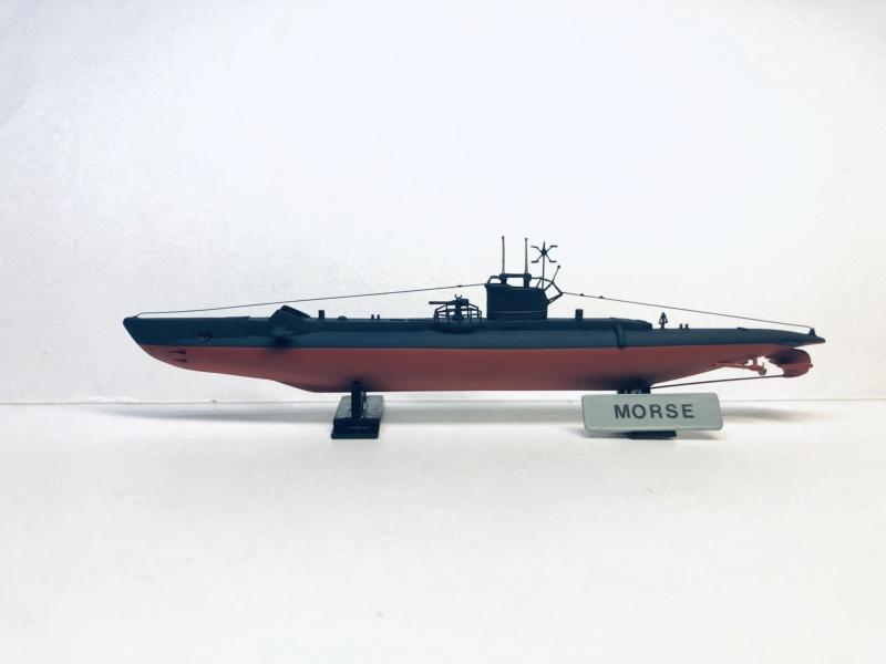 2 sous-marins FNFL le CURIE et le MORSE au 1/400 ème base Mirage + scratch  Img_e404