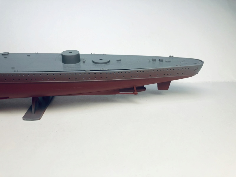 Croiseur lourd ADMIRAL HIPPER  boîte jaune Réf 1033 Img_e492