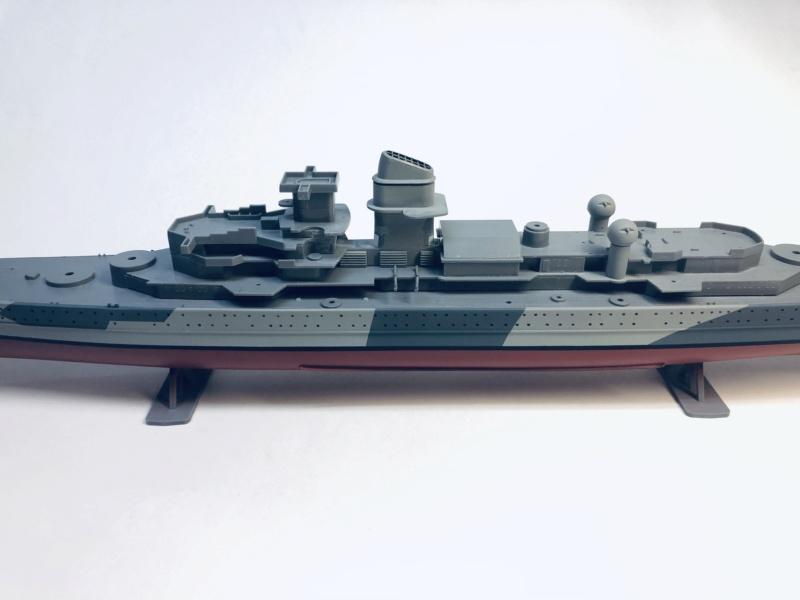 Croiseur lourd ADMIRAL HIPPER  boîte jaune Réf 1033 Img_e507