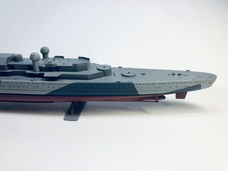 Croiseur lourd ADMIRAL HIPPER  boîte jaune Réf 1033 Img_e508