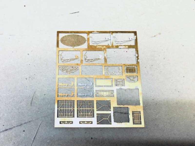Escorteur rapide Type E 52 A LE SAVOYARD Réf 81093 - Page 2 Img_e558