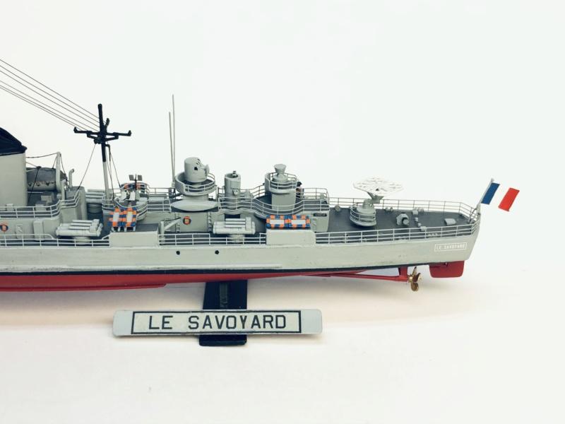 Escorteur rapide Type E 52 A LE SAVOYARD Réf 81093 - Page 2 Img_e585