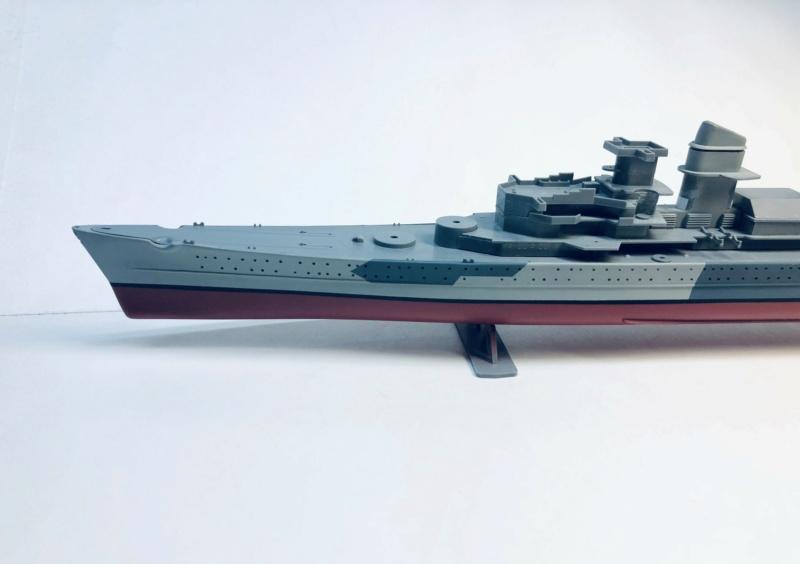 Croiseur lourd ADMIRAL HIPPER  boîte jaune Réf 1033 Img_e600
