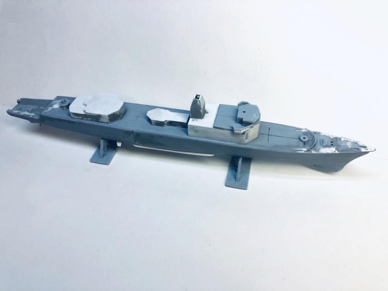 Frégate D609 ACONIT 1/400ème base HELLER + scratch Img_e740