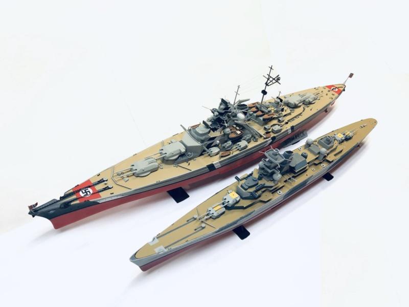 Croiseur lourd ADMIRAL HIPPER  boîte jaune Réf 1033 Img_e808