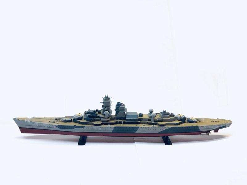 Croiseur lourd ADMIRAL HIPPER  boîte jaune Réf 1033 Img_e809