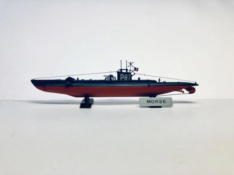 2 sous-marins FNFL le CURIE et la MORSE au 1/400 ème base Mirage + scratch Img_e810