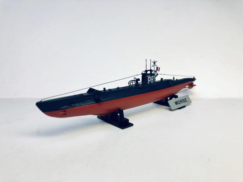 2 sous-marins FNFL le CURIE et la MORSE au 1/400 ème base Mirage + scratch Img_e811
