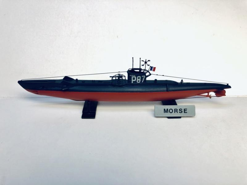 2 sous-marins FNFL le CURIE et la MORSE au 1/400 ème base Mirage + scratch Img_e812