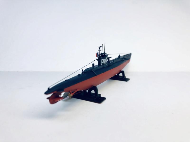 2 sous-marins FNFL le CURIE et la MORSE au 1/400 ème base Mirage + scratch Img_e813