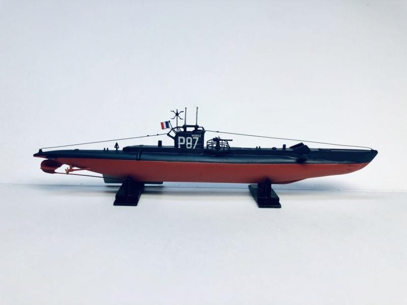 2 sous-marins FNFL le CURIE et la MORSE au 1/400 ème base Mirage + scratch Img_e815
