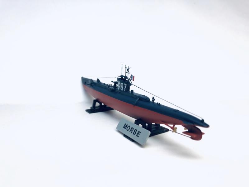 2 sous-marins FNFL le CURIE et la MORSE au 1/400 ème base Mirage + scratch Img_e816