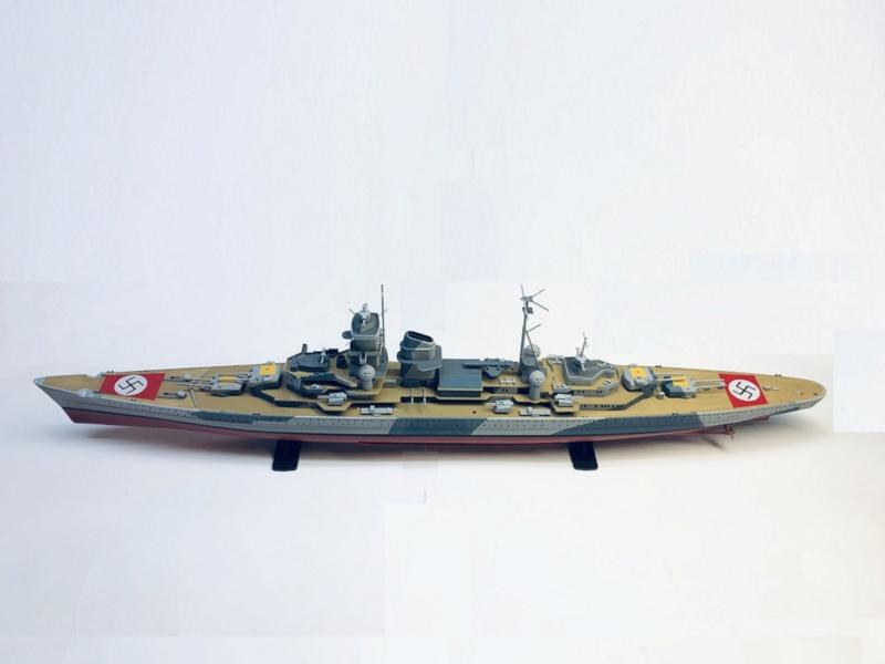 Croiseur lourd ADMIRAL HIPPER  boîte jaune Réf 1033 Img_e922