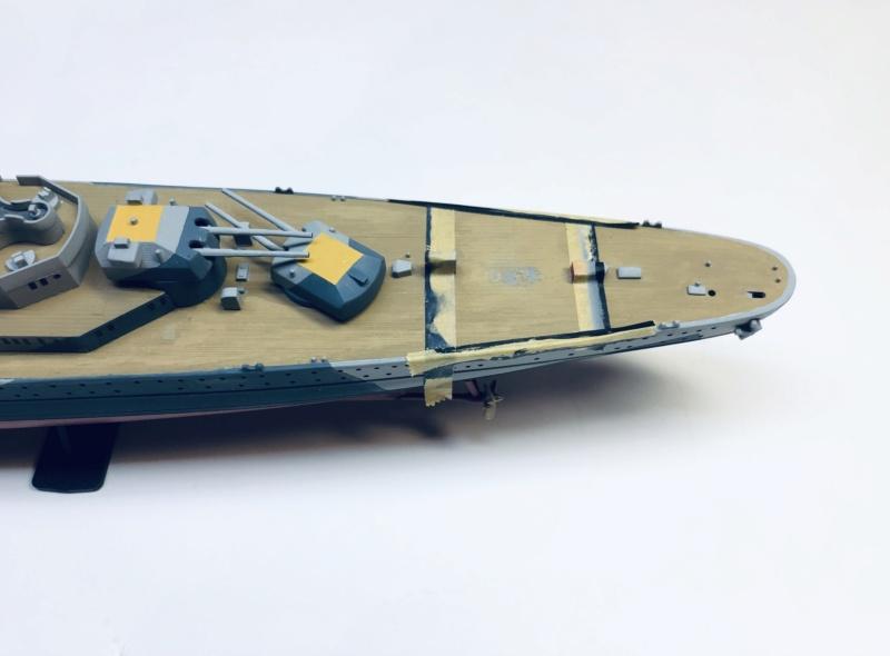 Croiseur lourd ADMIRAL HIPPER  boîte jaune Réf 1033 - Page 2 Img_e926