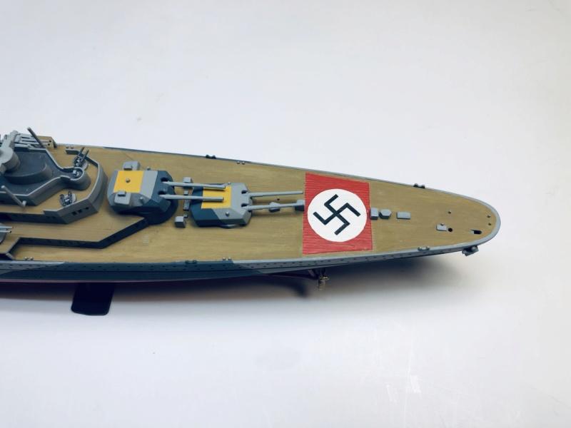 Croiseur lourd ADMIRAL HIPPER  boîte jaune Réf 1033 - Page 2 Img_e935