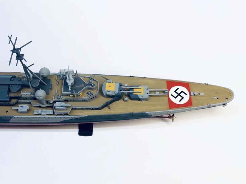 Croiseur lourd ADMIRAL HIPPER  boîte jaune Réf 1033 - Page 2 Img_e936