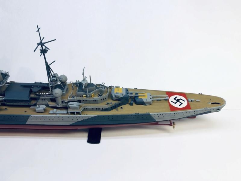 Croiseur lourd ADMIRAL HIPPER  boîte jaune Réf 1033 - Page 2 Img_e943