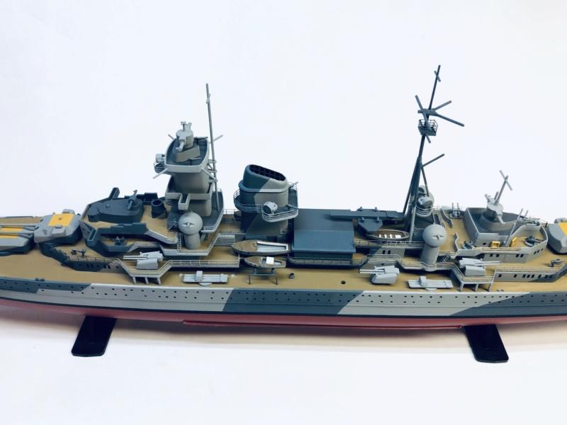 Croiseur lourd ADMIRAL HIPPER  boîte jaune Réf 1033 - Page 2 Img_e944