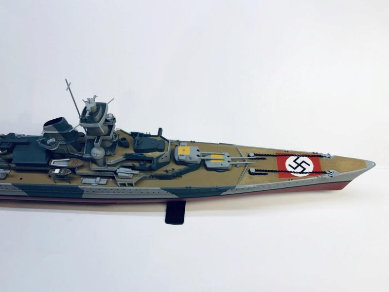 Croiseur lourd ADMIRAL HIPPER  boîte jaune Réf 1033 - Page 2 Img_e945