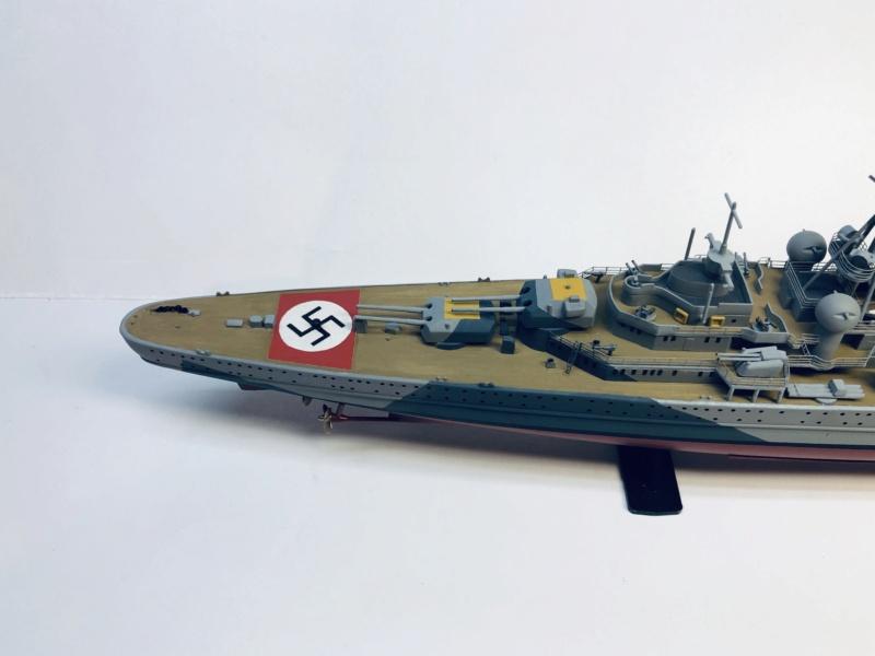 Croiseur lourd ADMIRAL HIPPER  boîte jaune Réf 1033 - Page 2 Img_e946