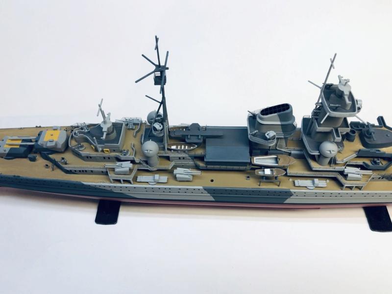 Croiseur lourd ADMIRAL HIPPER  boîte jaune Réf 1033 - Page 2 Img_e947