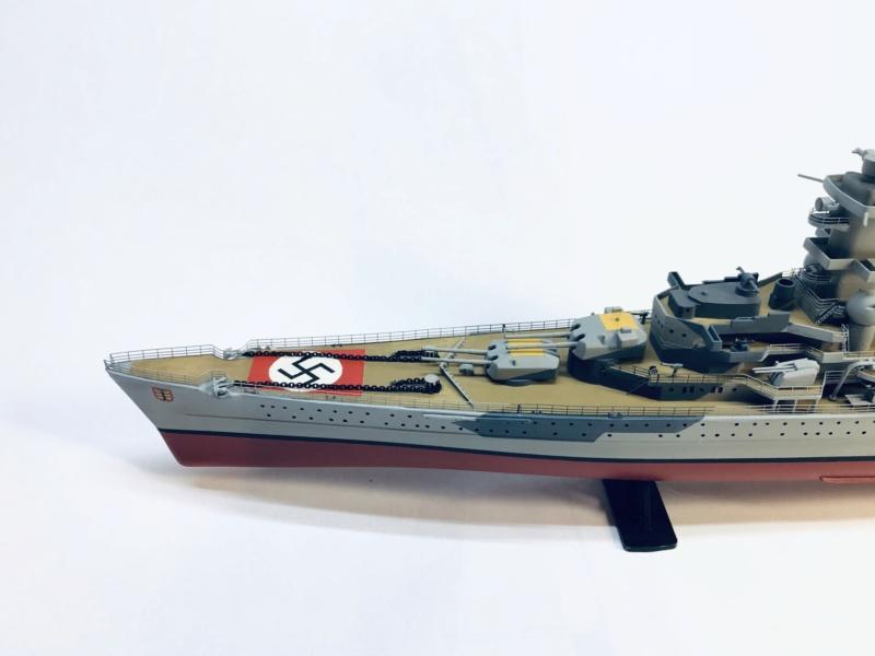 Croiseur lourd ADMIRAL HIPPER  boîte jaune Réf 1033 - Page 2 Img_e951