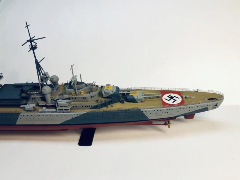 Croiseur lourd ADMIRAL HIPPER  boîte jaune Réf 1033 - Page 2 Img_e952