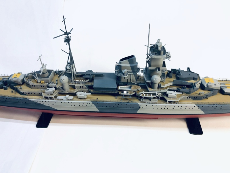 Croiseur lourd ADMIRAL HIPPER  boîte jaune Réf 1033 - Page 2 Img_e956