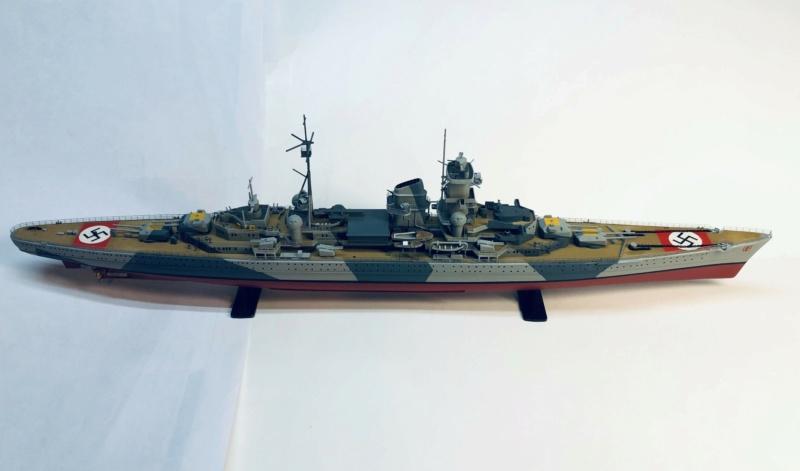 Croiseur lourd ADMIRAL HIPPER  boîte jaune Réf 1033 - Page 2 Img_e964