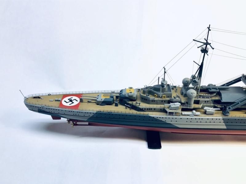 Croiseur lourd ADMIRAL HIPPER  boîte jaune Réf 1033 - Page 2 Img_e971