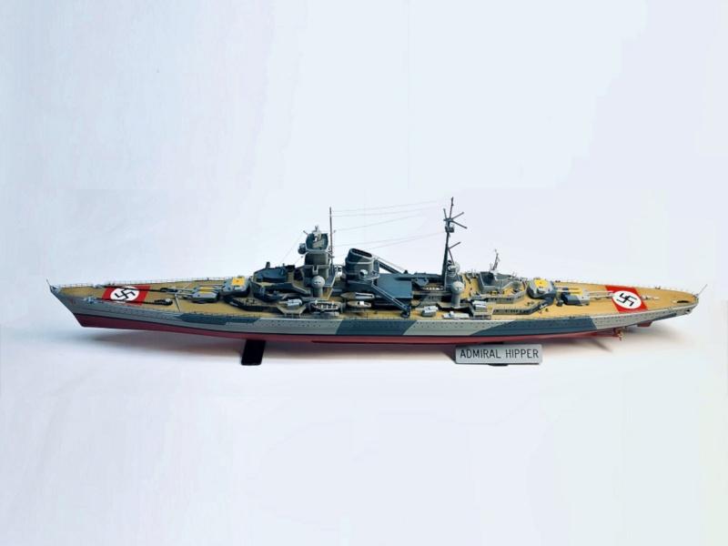 Croiseur lourd ADMIRAL HIPPER  boîte jaune Réf 1033 - Page 2 Img_e976