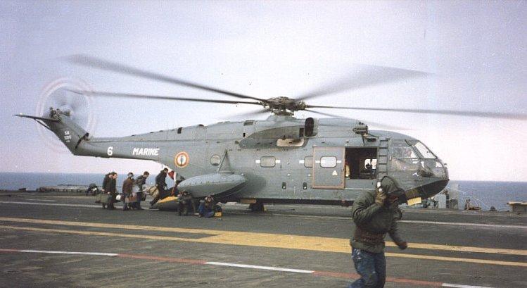 Porte-avions CLEMENCEAU - 1/400ème base Heller + scratch + PE Super_10
