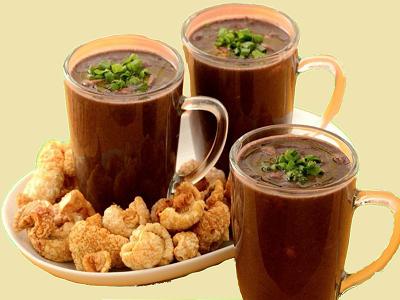 Porções de caldo de feijão preto... Feijao10