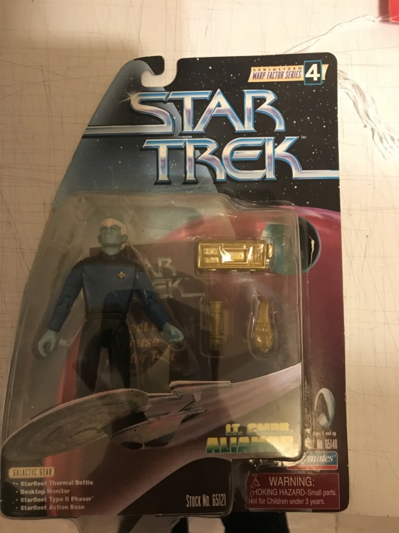 [Topic Unique] Les figurines Star Trek - Page 2 5c379410
