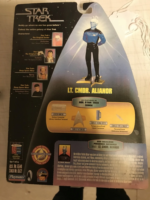 [Topic Unique] Les figurines Star Trek - Page 2 987b7f10