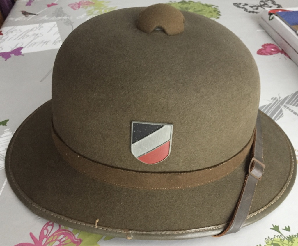 Casque WW2 colonial 1945 Ni6zbk11