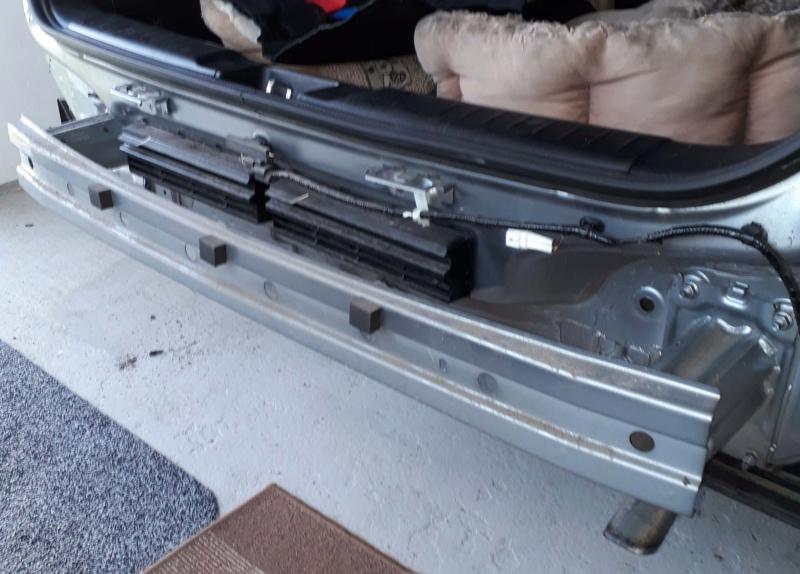 Genuine Suzuki Tow Bar  Rear_b10