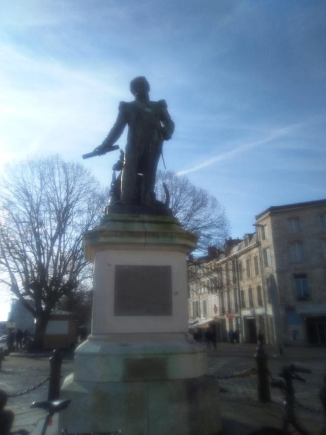 La Charente-Maritime  et les filles de La Rochelle - Page 3 Img_2088