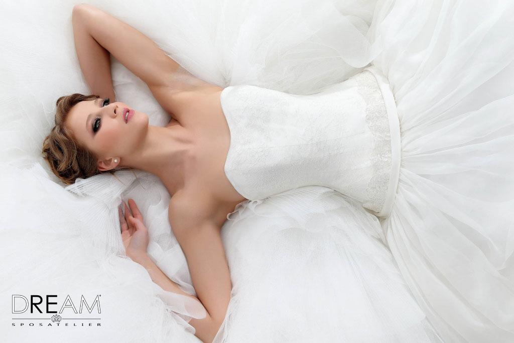 Novità a Roma: DreamSposa.it realizza gli abiti da sposa che si adattano al corpo Abiti-10