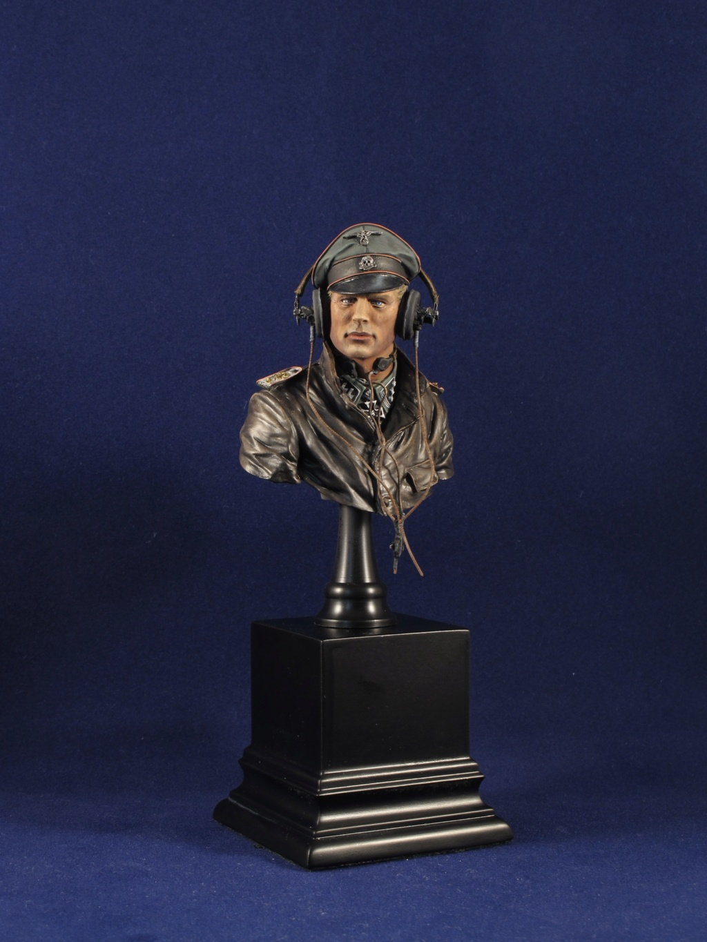 Buste - SS Panzer Commander Normandie 1944 - Young Miniatures - Terminé  04a73f10