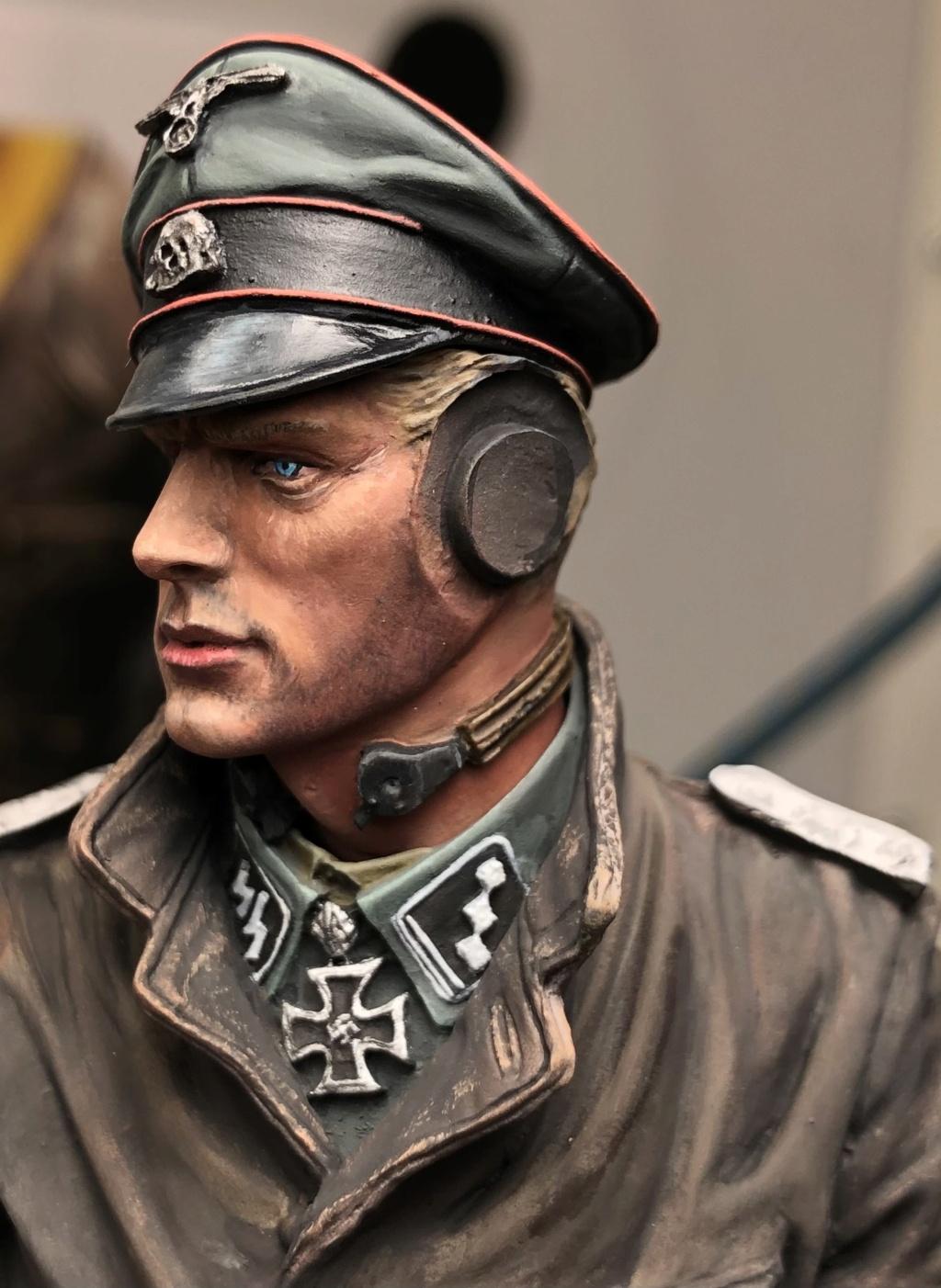 Buste - SS Panzer Commander Normandie 1944 - Young Miniatures - Terminé  26787d10