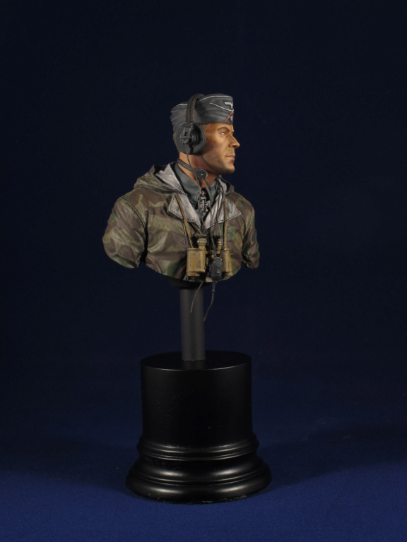 Buste - King Tiger Commander - Life Miniatures - 1/10 - Terminé 2a78b010
