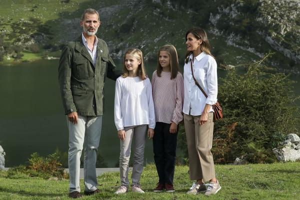 ¿Cuánto mide la Princesa Leonor? - Altura: 1,60 - Height Reyes-10