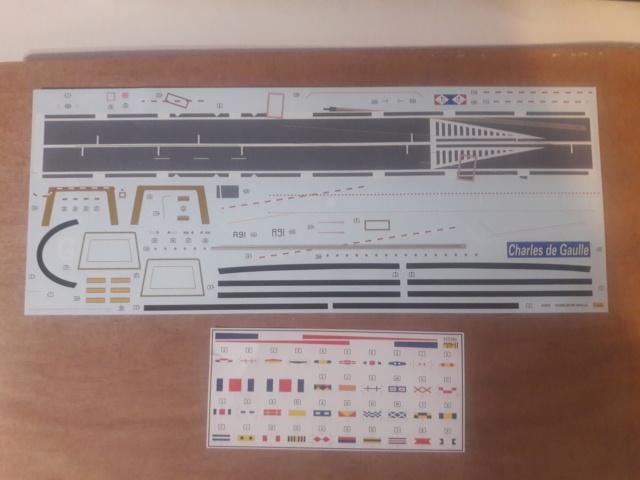 Le  porte avions CHARLES DE GAULLE 20200533